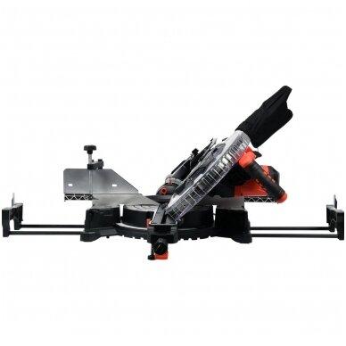 Medžio pjovimo staklės su lazeriu /padavimo funkcija YATO 305mm 1800W 3